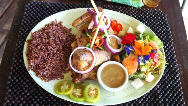 Lunch at Bohol BeeFarm, Philippines