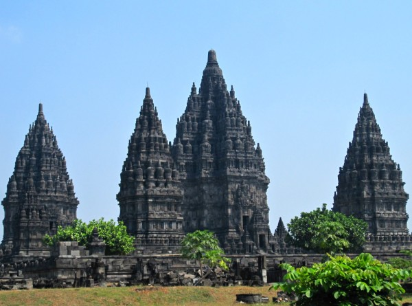 header-photo-prambanan-java