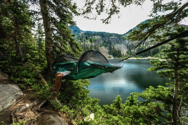 hammock-best-travel-gadgets-of-2017